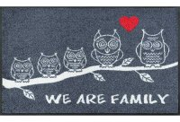 1241_p_tappetino_we_are_family_50x75cm.jpg